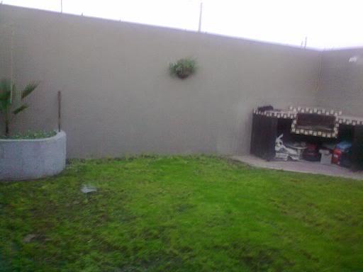 Quiero hacer un jard n en un espacio peque o for Asador en patio pequeno