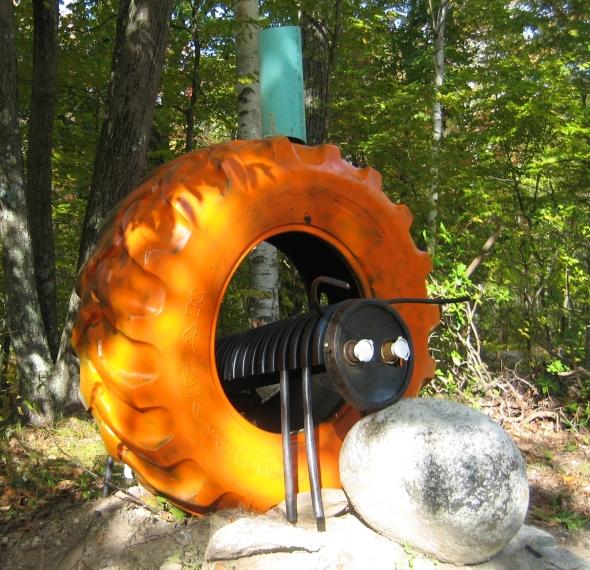 1020-Boxford-Tire-Pumpkin.jpe