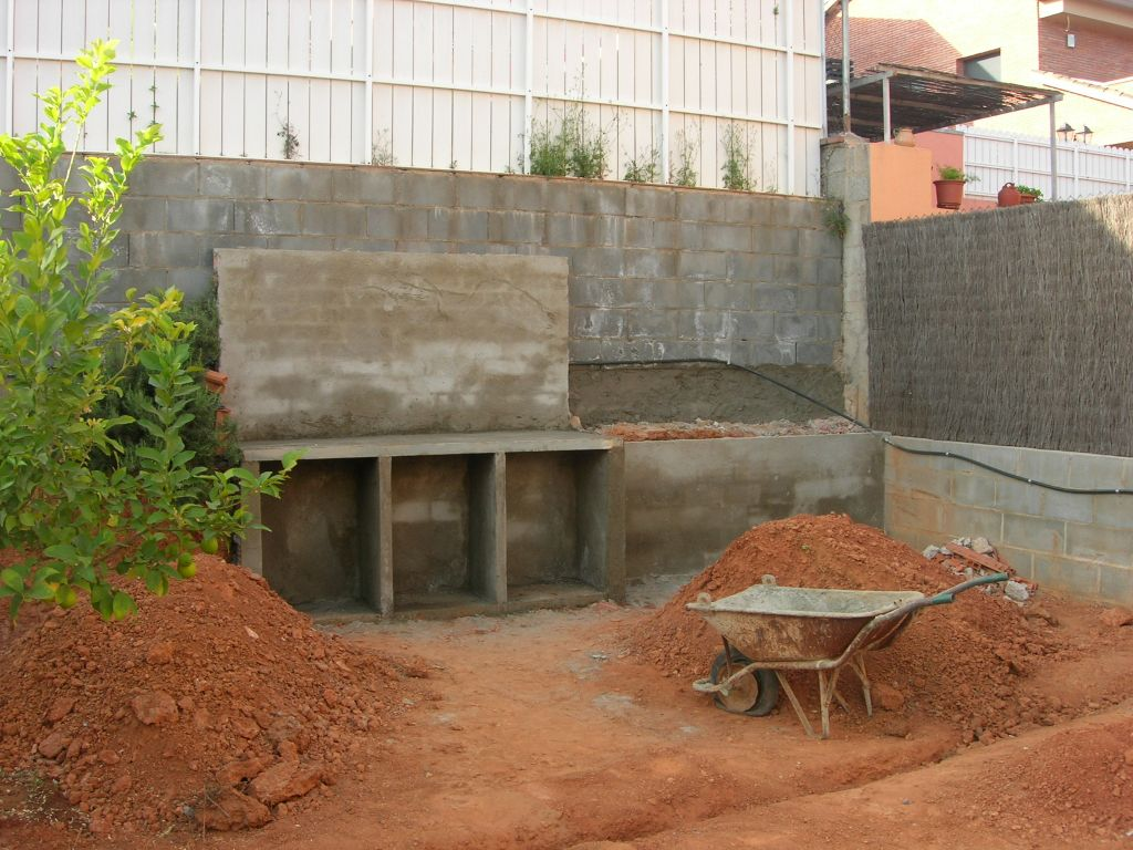 Ideas para muro de jard n - Hacer chimenea barbacoa ...