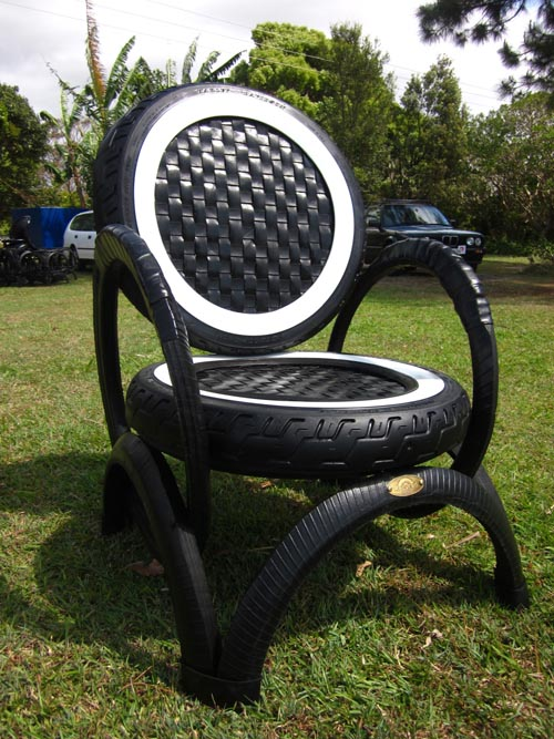 chairs-made-from-old-tyres.jpg