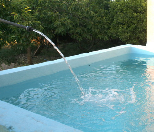 chorro piscina_resize.jpg