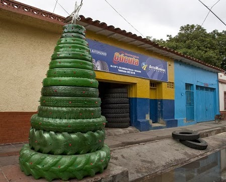 decoracion+de+navidad+con+neumaticos1.jpg