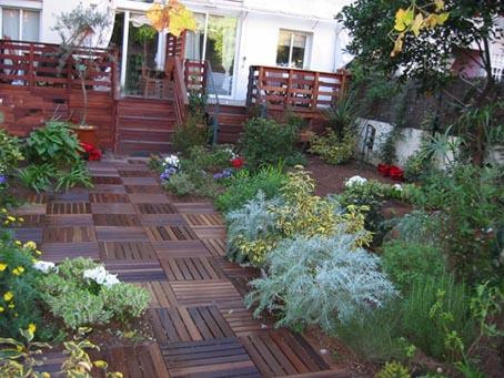 Fotos de suelos empedrados de jardines y enlosados for Suelos de patios