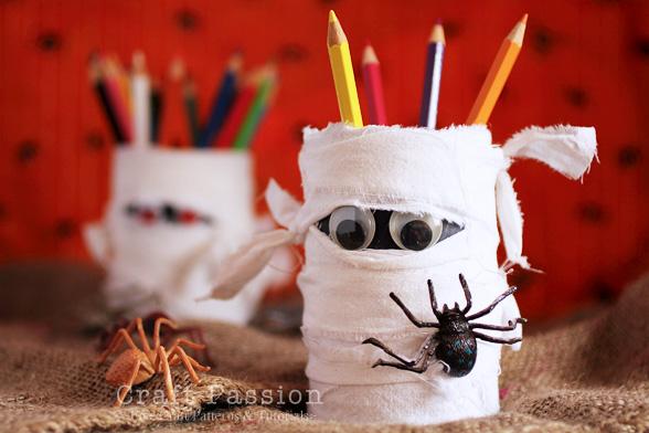 halloween-mummy-pencil-holder-1%255B1%255D.jpg