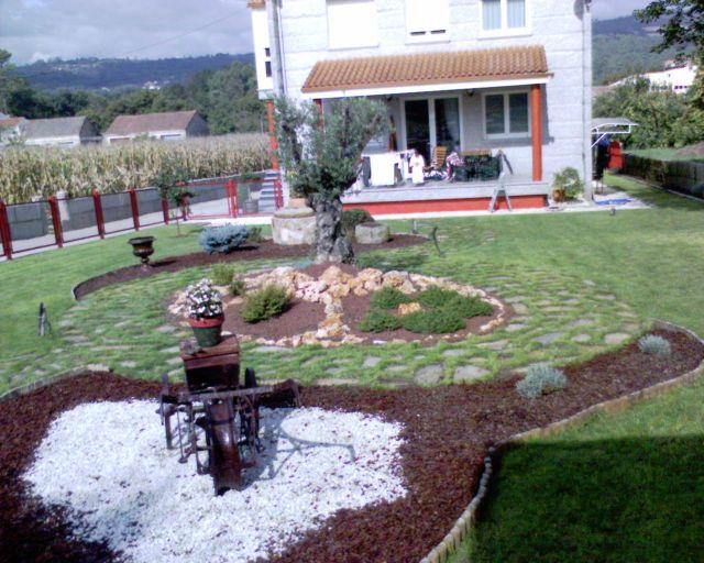 Fotos de elementos decorativos empleados en jardiner a for Jardineria fotos