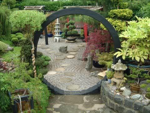 lastmoongatejpg - Jardines Japoneses