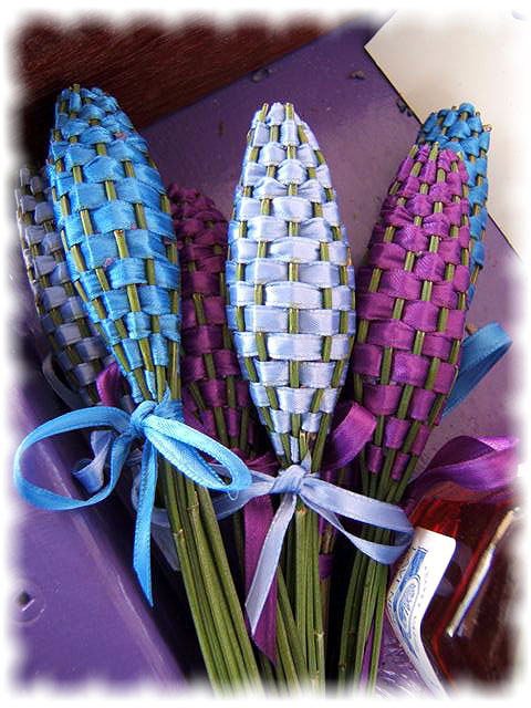 lavender-wands.jpg