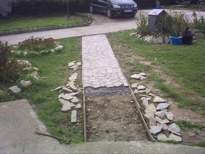 Hormig n impreso o piedra natural para aparcamiento for Camino hormigon