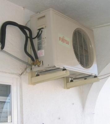 Idea para disimular aire acondicionado de la terraza o balc n for Aire acondicionado aparato exterior