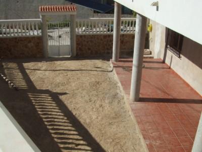 normal_jardin3%20004%7E0.jpg