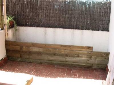 Construir una jardinera de madera en un tico - Impermeabilizar paredes interiores ...