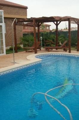 normal_piscina%7E0.JPG
