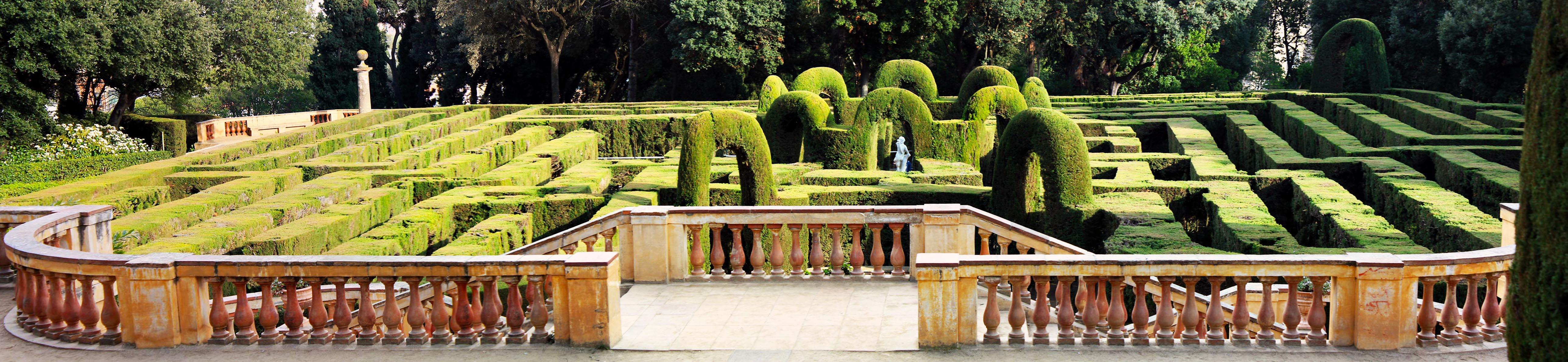 Panorama_-_Parc_del_Laberint.jpg