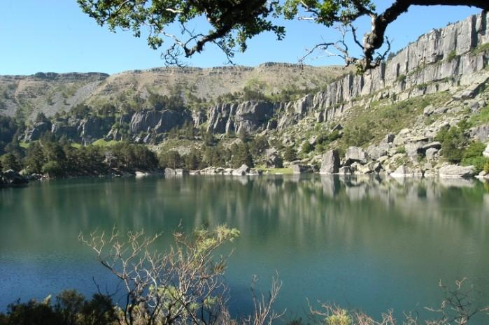 parque-natural-laguna-negra-soria-espana.jpg