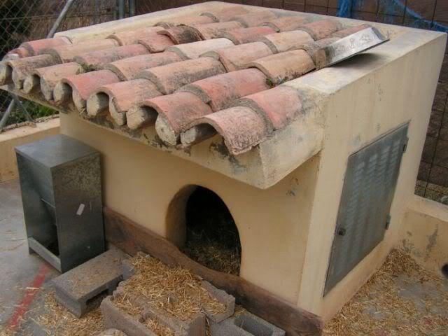 Caseta de perro se debe cubrir el techo y las paredes - Como hacer una caseta de obra ...