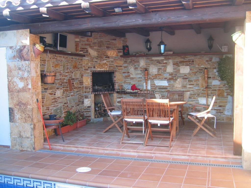 Fotos de r sticos estilo r stico jard n piscina - Fotos porches rusticos ...