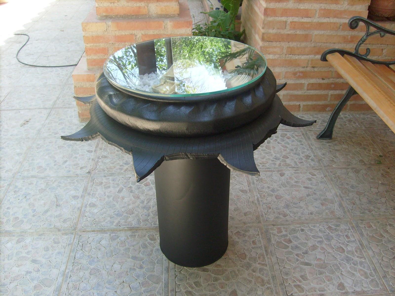 Neum ticos reciclados trabajos realizados por foreros de - Mesas con neumaticos ...