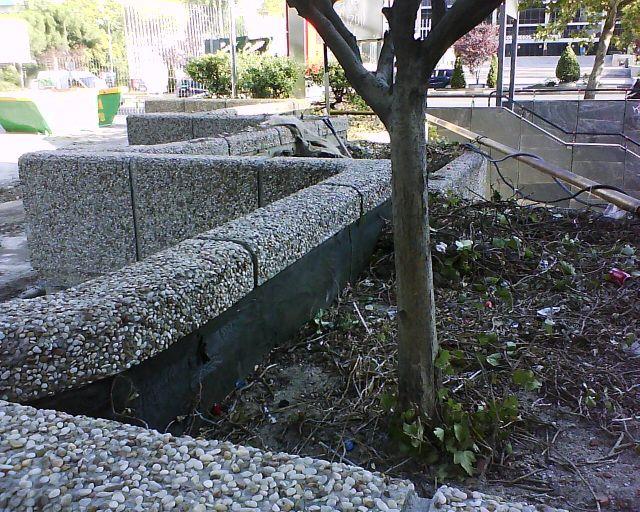 Hormig n impreso caminos y otros trabajos para jardines for Piedrecillas para jardin