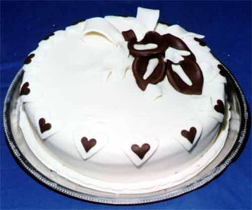 tarta_realizada_en_chocolat.jpg